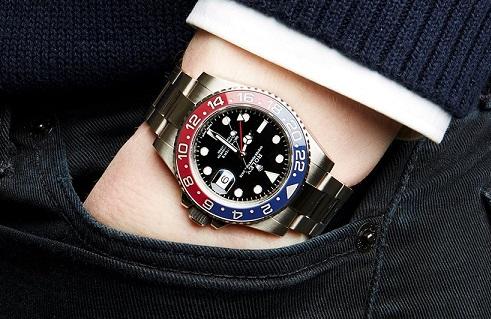 Rolex replica GMT-Master II 116719 BLRO